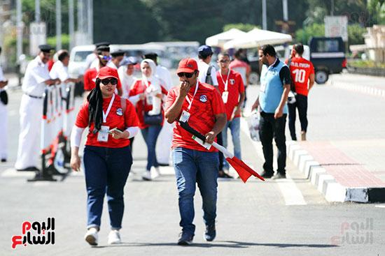 توافد الجماهير المصرية لدعم الفراعنة أمام الكونغو الديمقراطية  (40)