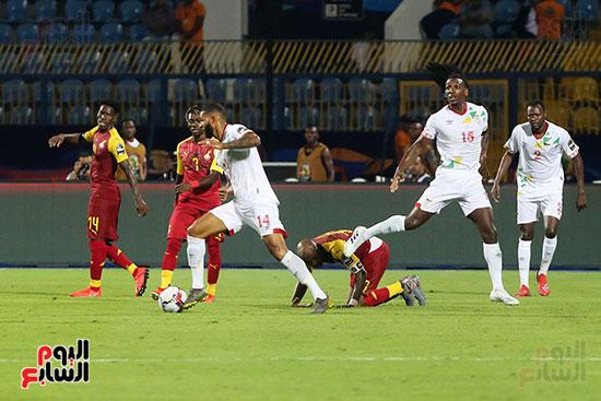 غانا وبنين (6)