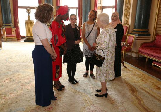 ملكة بريطانيا ترعى حفل استقبال دينى فى القصر الملكى