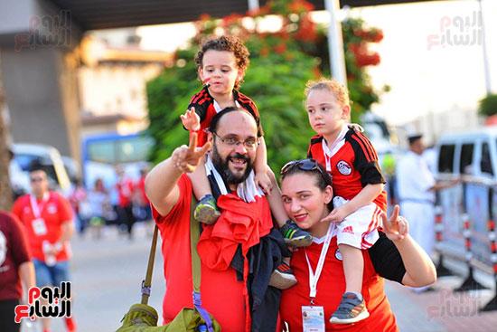 الأسر المصرية تجتمع فى استاد القاهرة (6)