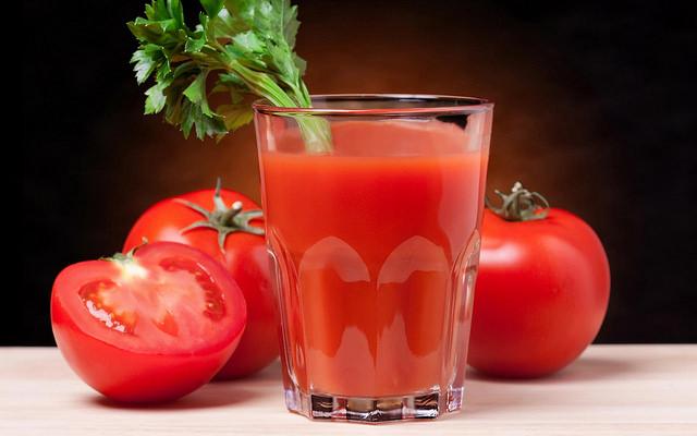 فوائد عصير الطماطم 1