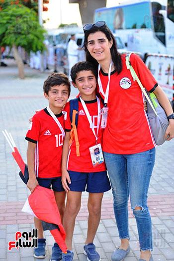 الأسر المصرية تجتمع فى استاد القاهرة (14)