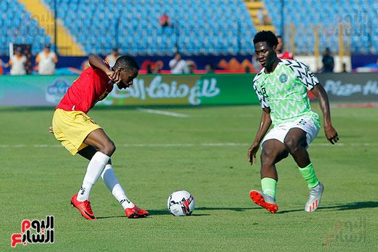 مباراة نيجيريا وغينيا  (14)