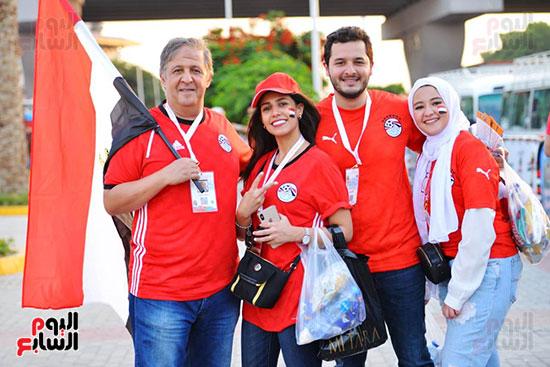 الأسر المصرية تجتمع فى استاد القاهرة (27)