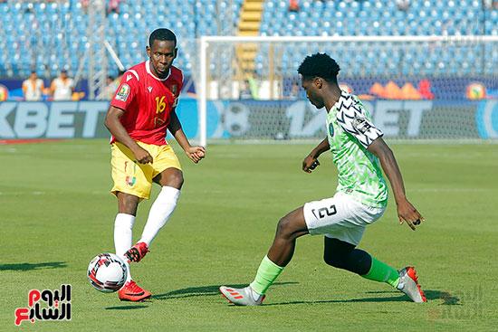 مباراة نيجيريا وغينيا  (4)