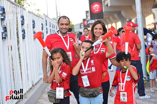 توافد الجماهير المصرية قبل مباراة مصر والكونغو (12)