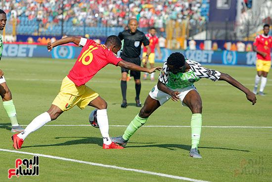 مباراة نيجيريا وغينيا  (5)