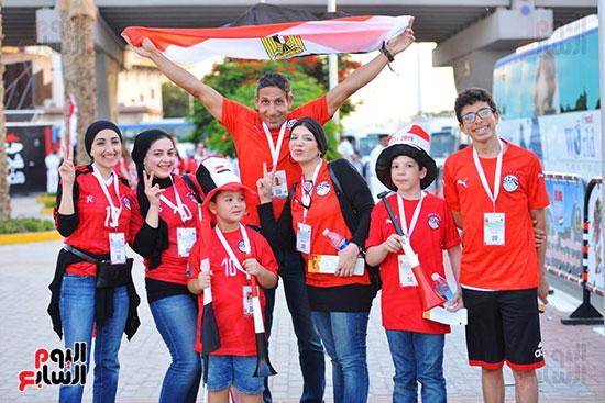 الأسر المصرية تجتمع فى استاد القاهرة (21)