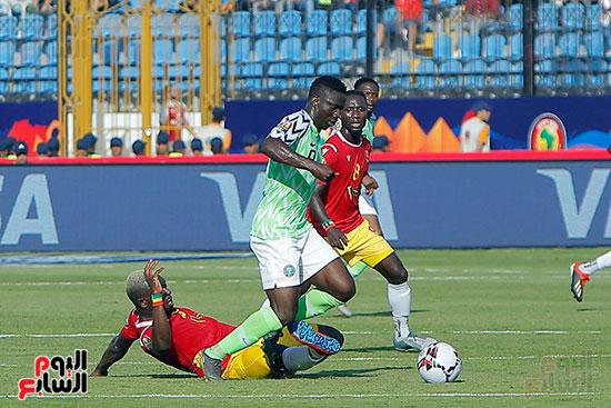 مباراة نيجيريا وغينيا  (15)