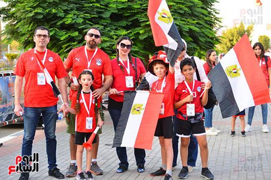 الأسر المصرية تجتمع فى استاد القاهرة (38)