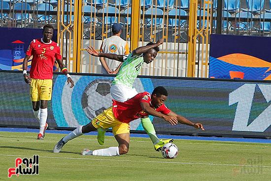 مباراة نيجيريا وغينيا  (11)