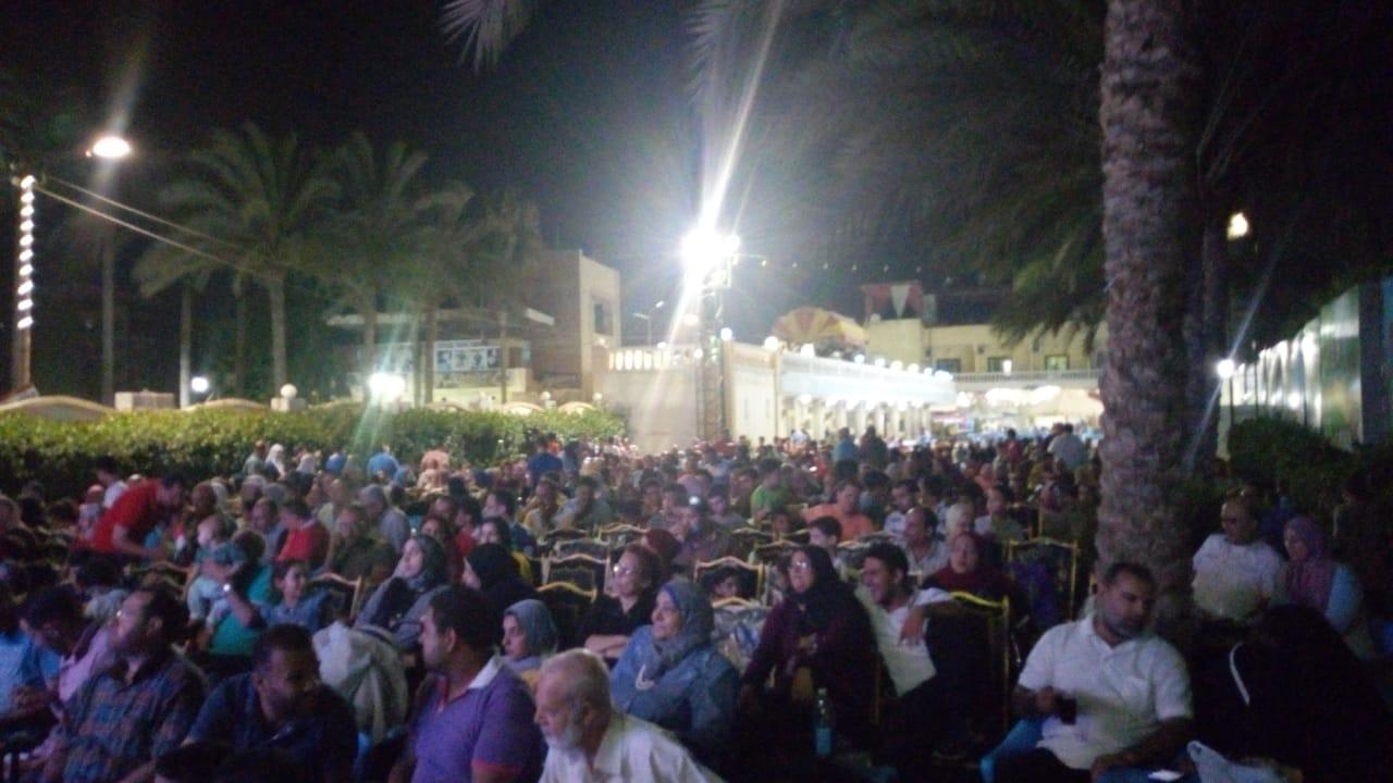 اقبال كبير لمتابعة مباراة مصر والكونغو الديمقراطية في ثاني مباريات المنتخب (1)