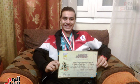 بطل مصرى كسر حاجز الإعاقة (13)