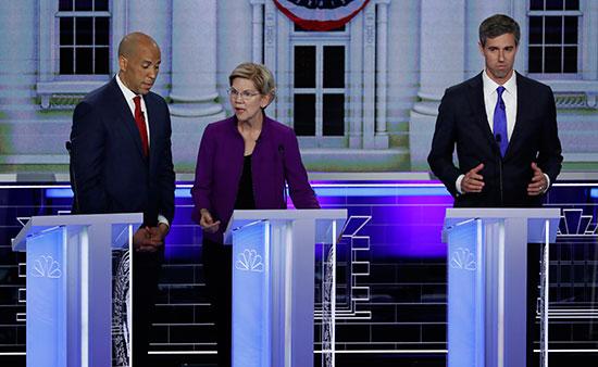 المرشحون الأمريكيون الديمقراطيون يبدؤون أول مناظرة قبل بدء أول انتخابات رئاسية (2)