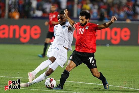 محمد صلاح ومراوغة للاعب الكونغو