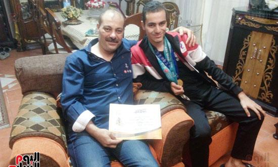 بطل مصرى كسر حاجز الإعاقة (10)