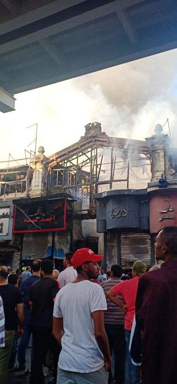 حريق بسوق الخضار بالموسكى (1)