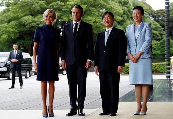 الرئيس الفرنسى وزوجته يلتقيان الامبراطور اليابانى  (3)