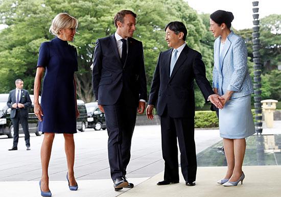 الرئيس الفرنسى وزوجته يلتقيان الامبراطور اليابانى  (5)