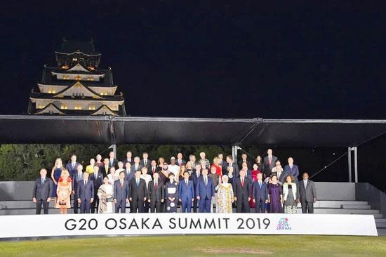 السيسى يشارك فى مأدبة عشاء رئيس وزراء اليابان (3)