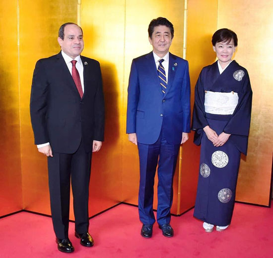 السيسى يشارك فى مأدبة عشاء رئيس وزراء اليابان (2)