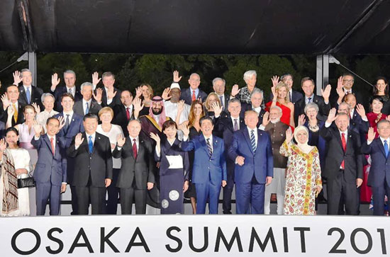 السيسى يشارك فى مأدبة عشاء رئيس وزراء اليابان (5)