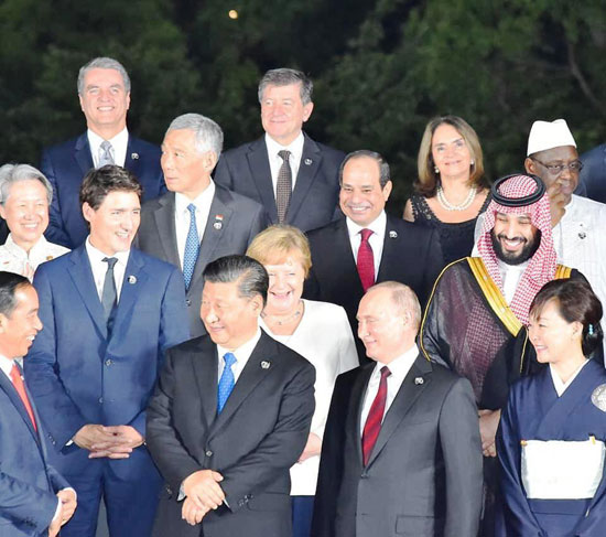 السيسى يشارك فى مأدبة عشاء رئيس وزراء اليابان (4)