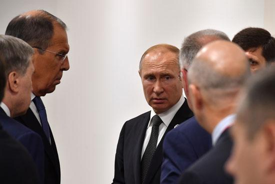 بوتين ووزير الخارجية الروسى قبل لقاء الوفد السعودى