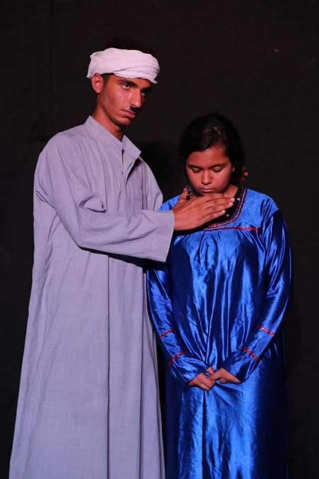قبل الأوان مسرحية تناقش زواج القاصرات على مسرح الأسمرات (2)