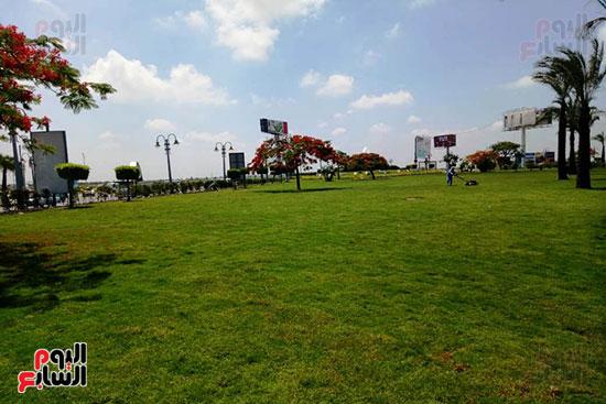وفد البرلمان ومحافظ الإسكندرية يزورون الحديقة الجديدة بمدخل المحافظة (3)
