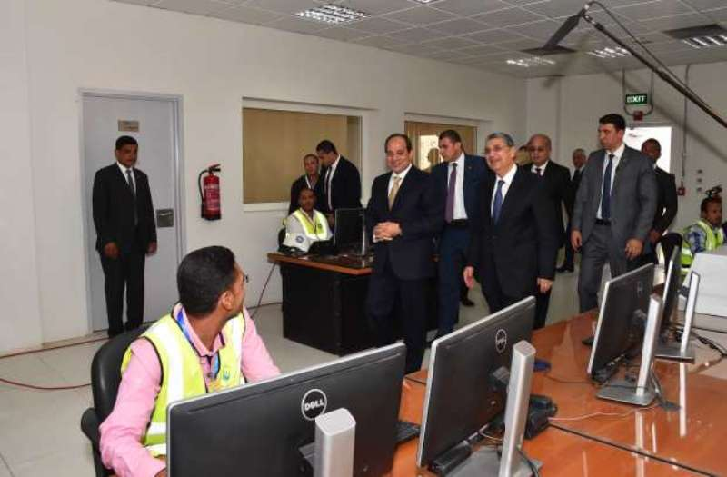 الرئيس عبدالفتاح السيسي يفتتح محطة كهرباء غرب اسيوط  (12)