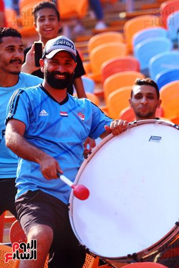 مشجعى منتخب مصر أمام أوغندا (49)