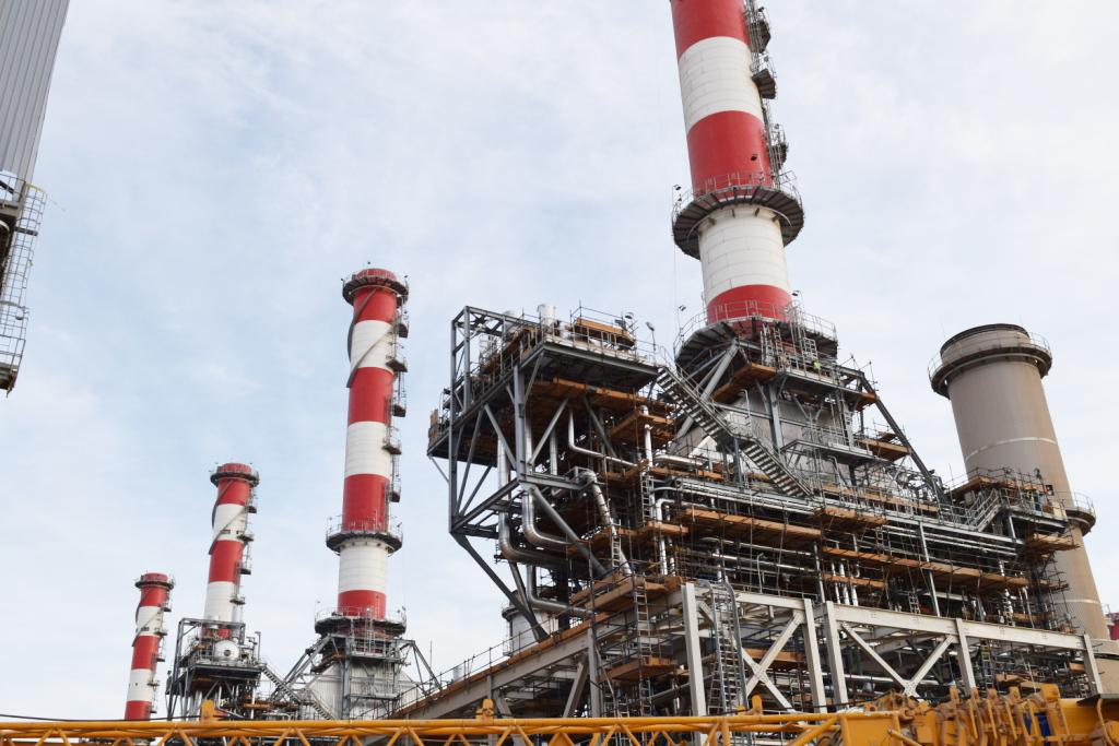 محطة كهرباء أسيوط (1)
