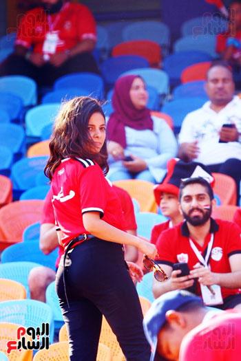 مشجعى منتخب مصر أمام أوغندا (58)