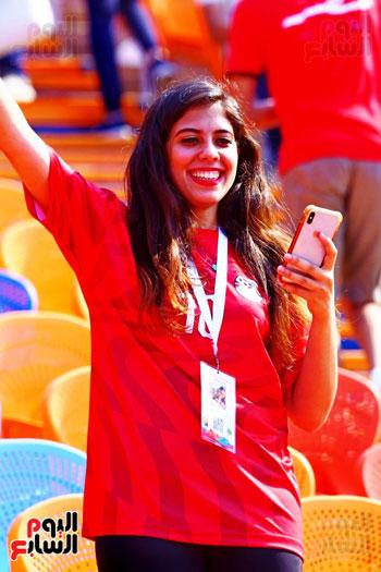مشجعى منتخب مصر أمام أوغندا (14)