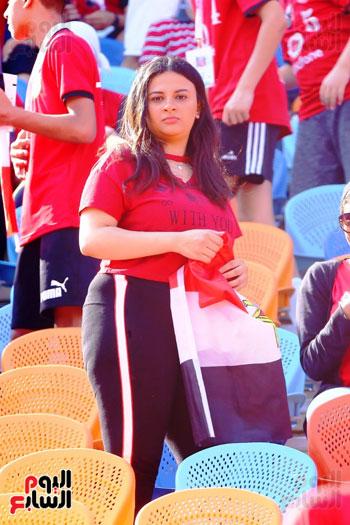 مشجعى منتخب مصر أمام أوغندا (54)