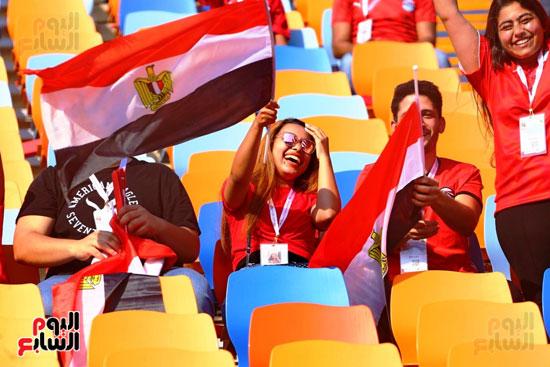 مشجعى منتخب مصر أمام أوغندا (45)