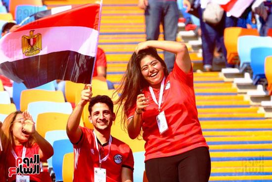 مشجعى منتخب مصر أمام أوغندا (46)