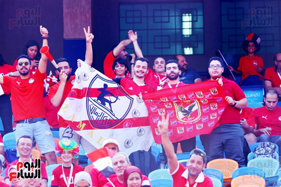 مشجعى منتخب مصر أمام أوغندا (7)