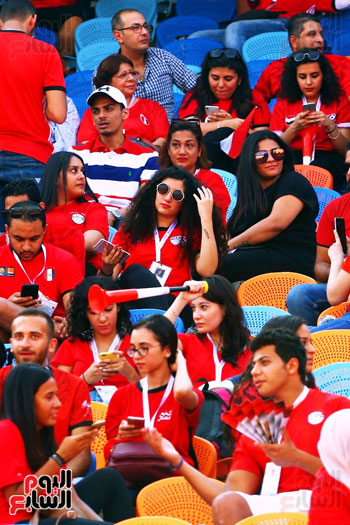مشجعى منتخب مصر أمام أوغندا (34)