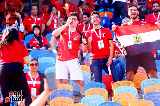 مشجعى منتخب مصر أمام أوغندا (53)