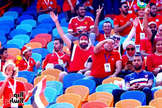 مشجعى منتخب مصر أمام أوغندا (5)