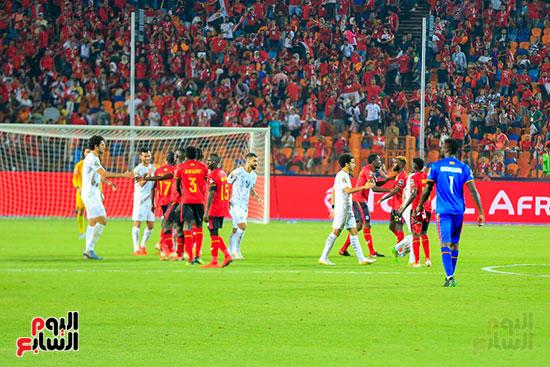مباراة مصر وأوغندا (2)