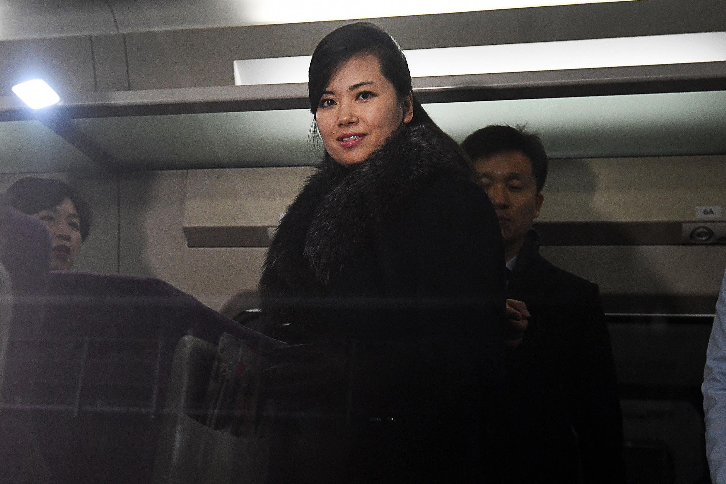 هيون سونغ المطربة الشهيرة