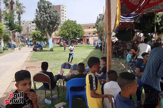 الإقبال على الملاهى بحدائق أسيوط (13)