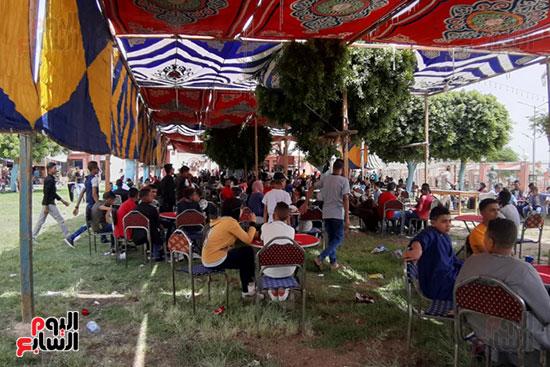 الإقبال على الملاهى بحدائق أسيوط (14)