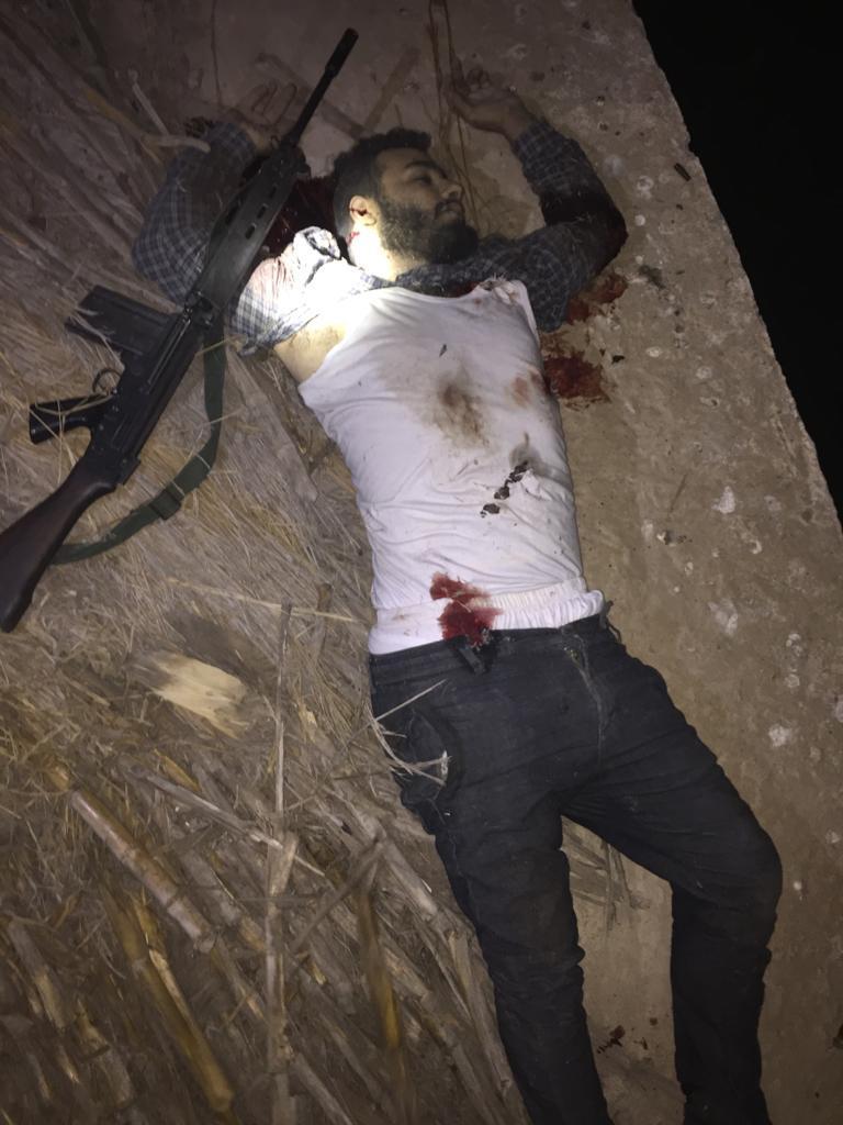 مقتل المتهمين باستهداف ضابط شرطة فى الشرقية  (2)