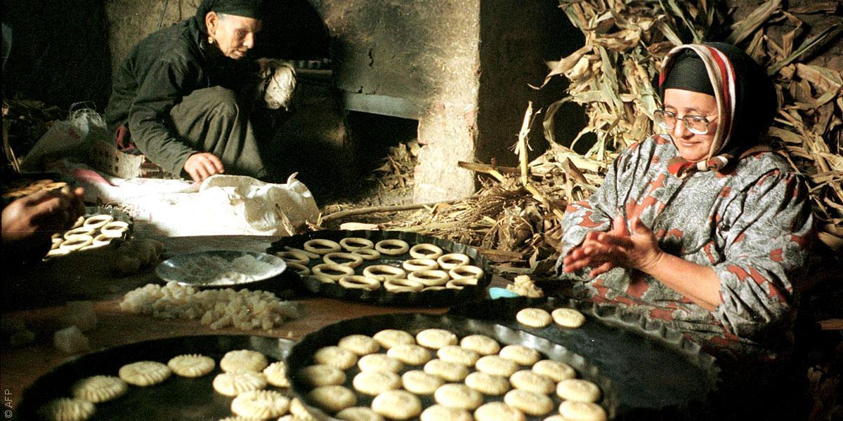 مظاهر الإحتفال بالعيد (1)