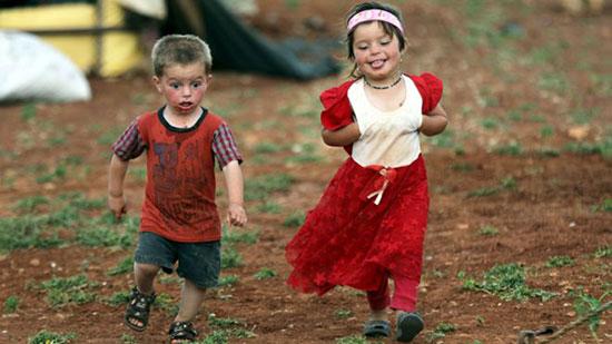 """""""ضحك ولعب وفرحة"""".. احتفال المسلمين"""