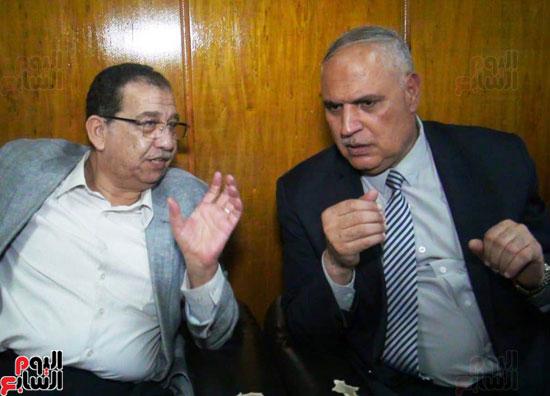 رئيس-النقل-العام-بالقاهرة-يتفقد-مستشفى-الهيئة-(4)